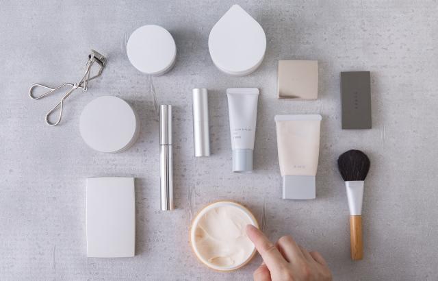専門家が教える化粧品の使用期限について